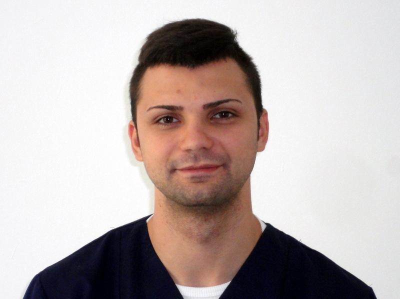Kinetoterapeut - Laurentiu Burnaz